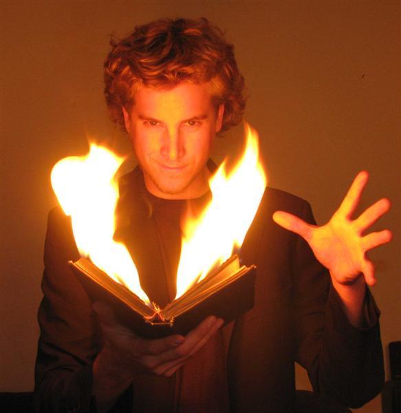 Illusionist & Mentalist Matias Fire Book